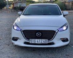 Bán Mazda 3 năm sản xuất 2017, màu trắng giá 750 triệu tại Tp.HCM