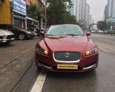 Cần bán Jaguar XF màu đỏ model 2014, xe nhập, giá tốt giá 1 tỷ 450 tr tại Hà Nội
