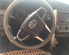 Cần bán xe Toyota Innova sản xuất năm 2017, màu bạc, giá tốt giá 735 triệu tại Hà Nội