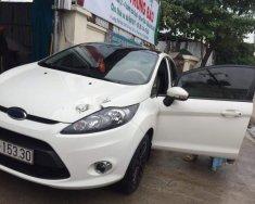 Cần bán lại xe Ford Fiesta đời 2011, màu trắng, số tự động giá 310 triệu tại Tp.HCM