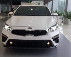 Bán ô tô Kia Cerato đời 2019, màu trắng giá 635 triệu tại Hà Nội
