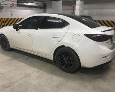 Cần bán gấp Mazda 3 sản xuất năm 2015, màu trắng, nhập khẩu chính chủ giá cạnh tranh giá 600 triệu tại Tp.HCM