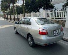 Cần bán xe Toyota Vios đời 2013, màu bạc chính chủ giá cạnh tranh giá Giá thỏa thuận tại Hà Nội