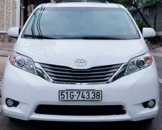 Chính chủ bán Toyota Sienna 3.5 bản XLE Full option, sản xuất cuối 2013, xe còn rất mới và zin giá 2 tỷ 100 tr tại Tp.HCM