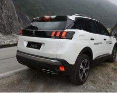 Cần bán gấp Peugeot 3008 sản xuất năm 2018, màu trắng số tự động giá 1 tỷ 199 tr tại Nghệ An
