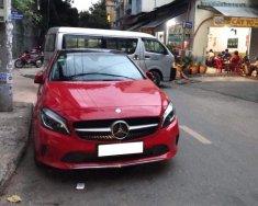Cần bán gấp Mercedes A200 đời 2017 số tự động, xe màu đỏ đô giá 1 tỷ 139 tr tại Tp.HCM