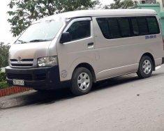 Cần bán gấp Toyota Hiace đời 2006, màu bạc chính chủ, giá tốt giá 220 triệu tại Hà Nội
