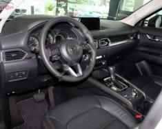 Bán Mazda CX 5 2.0 AT sản xuất 2019, màu trắng giá 899 triệu tại Hà Nội