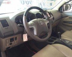 Bán Toyota Fortuner 2.7V sản xuất năm 2014, màu bạc giá cạnh tranh giá 820 triệu tại Tp.HCM