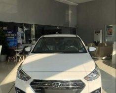 Cần bán Hyundai Accent đời 2018, màu trắng giá 470 triệu tại TT - Huế