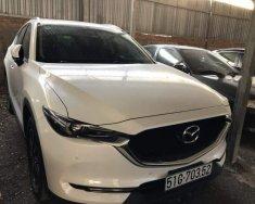 Cần bán gấp Mazda CX 5 2.5 năm 2018, màu trắng giá 1 tỷ 50 tr tại Tp.HCM