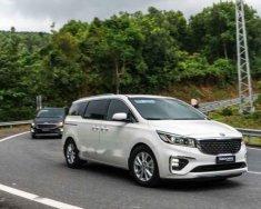 Cần bán xe Kia Sedona năm sản xuất 2019, màu trắng giá 1 tỷ 119 tr tại Tp.HCM