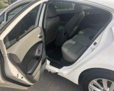 Cần bán lại xe Kia K3 sản xuất 2016, màu trắng số sàn, giá 485tr giá 485 triệu tại Bình Dương