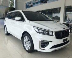 Cần bán xe Kia Sedona sản xuất năm 2018, màu trắng giá 1 tỷ 209 tr tại Cần Thơ
