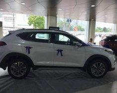 Cần bán Hyundai Tucson đời 2019, màu trắng giá 280 triệu tại Hà Nội