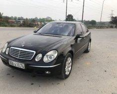 Chính chủ bán lại xe Mercedes E200 sản xuất 2004, màu đen giá 288 triệu tại Hà Nội