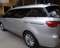 Gia đình cần bán xe Sendona sản xuất 2015, xe nhập khẩu, màu bạc, máy 3.3 bản full nhất giá 960 triệu tại Hà Nội