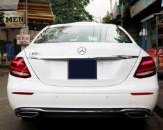 Bán xe Mercedes E200 sản xuất 2017, đi 10000km còn rất mới giá 1 tỷ 880 tr tại Tp.HCM