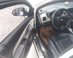 Cần bán xe Chevrolet Cruze 1.6 LT sản xuất 2016, màu trắng số sàn, giá 425tr giá 425 triệu tại Hà Nội