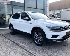 Bán Volkswagen Tiguan AllSpace 2019 - SUV Đức 7 chỗ, nhập khẩu nguyên chiếc mạnh mẽ, hiện đại giá 1 tỷ 729 tr tại Hà Nội