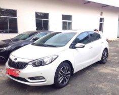 Bán xe Kia K3 đời 2015, màu trắng giá 470 triệu tại Tp.HCM