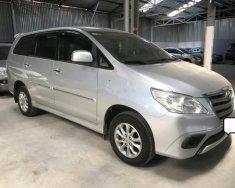 Cần bán gấp Toyota Innova E 2.0MT năm 2014, màu bạc, giá 566tr giá 566 triệu tại Tp.HCM