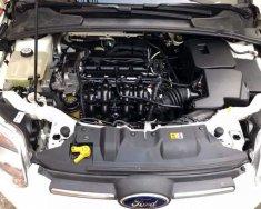 Bán xe Ford Focus 1.6AT 2014 màu trắng, xe gia đình 1 chủ sử dụng kỹ (54000km) giá 440 triệu tại Đà Nẵng