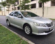 Cần bán Toyota Camry 2.0G 2013, màu bạc, giá 717tr giá 717 triệu tại Tp.HCM