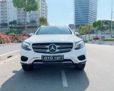 Bán xe Mercedes GLC sản xuất năm 2017, màu trắng giá 1 tỷ 780 tr tại Tp.HCM