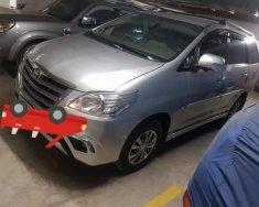 Bán xe Toyota Innova sản xuất năm 2015, màu bạc xe gia đình giá 548 triệu tại Tp.HCM