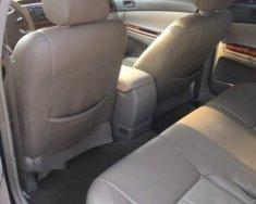 Cần bán lại xe Toyota Camry sản xuất 2003, màu đen giá cạnh tranh giá 325 triệu tại Bình Dương