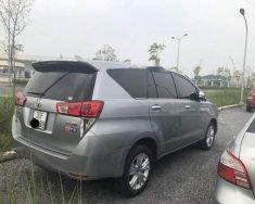 Bán xe Toyota Innova 2.0V đời 2016, màu xám xe gia đình, giá tốt giá 768 triệu tại Hà Nội