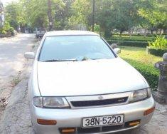 Cần bán Nissan Bluebird SSS 1.8 1993, màu bạc, nhập khẩu xe gia đình giá 80 triệu tại Quảng Ngãi