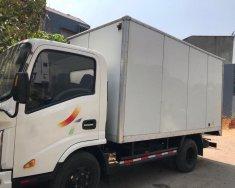 Gia đình cần bán xe tải Veam 2,4 tấn, máy dầu, sản xuất 2016, màu trắng giá 295 triệu tại Tp.HCM