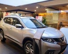 Bán xe Nissan X-Trail đời 2018, màu bạc giá 915 triệu tại Hà Nội