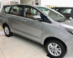 Bán xe Toyota Innova 2.0E năm 2019, màu bạc giá 771 triệu tại Tp.HCM