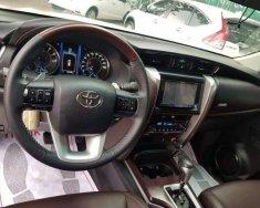 Bán xe Toyota Fortuner 2.7AT năm 2017, màu trắng như mới  giá 900 triệu tại Hà Nội
