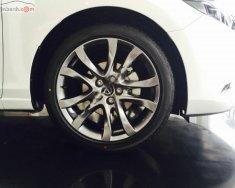Cần bán xe Mazda 6 2.0L Premium sản xuất 2019, màu trắng giá 899 triệu tại Hà Nội