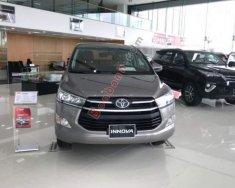 Bán gấp Toyota Innova 2.0E 2019, màu xám, giá tốt giá 739 triệu tại Thanh Hóa