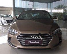 Cần bán xe Hyundai Elantra 2.0 AT năm sản xuất 2018, màu nâu giá 639 triệu tại Kon Tum