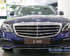 Bán Mercedes E200 sản xuất năm 2018, màu xanh lam giá 2 tỷ 99 tr tại Tp.HCM