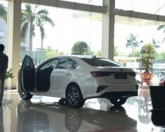 Cần bán xe Kia Cerato đời 2019, màu trắng giá Giá thỏa thuận tại Quảng Nam