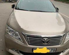 Bán ô tô Toyota Camry sản xuất 2014 chính chủ giá 850 triệu tại Hà Nội