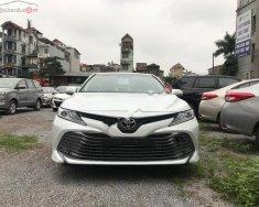 Bán Toyota Camry 2.5Q năm sản xuất 2019, màu trắng, nhập khẩu giá 1 tỷ 235 tr tại Hà Nội