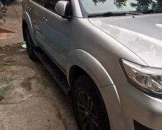 Bán xe Toyota Fortuner năm sản xuất 2015, màu bạc giá 830 triệu tại Hà Nội