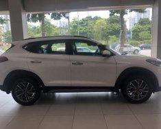 Bán Hyundai Tucson sản xuất 2019, màu trắng, nhập khẩu giá 799 triệu tại Hà Nội
