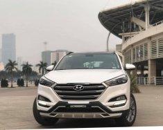 Cần bán Hyundai Tucson 2.0 ĐB sản xuất 2017, màu trắng giá 825 triệu tại Hà Nội