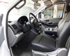 Bán Hyundai Grand Starex đời 2013, màu trắng, nhập khẩu nguyên chiếc giá 370 triệu tại Tp.HCM