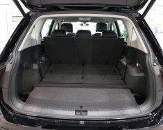 Bán Vokswagen Tiguan Allspace màu trắng, giá tốt giao ngay giá 1 tỷ 729 tr tại Tp.HCM