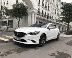 Bán Mazda 6 2.0 Premium năm sản xuất 2017, màu trắng giá 865 triệu tại Hà Nội